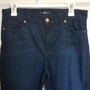 Like new 7FAM high-waist flare jeans